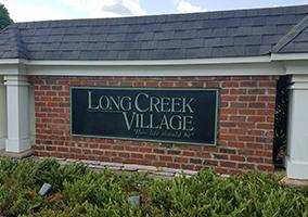 Hubbard-Commercial_Long-Creek-Village_Entrance_19-07