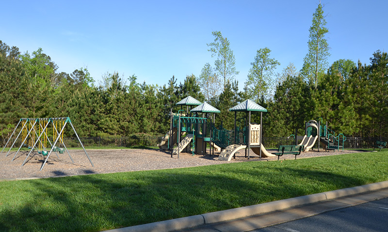 Hubbard-Commercial_Meadowlands_0395_Playground1_19-04